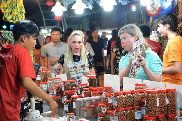 Từ 29-04, chợ đêm Phú Quốc mở cửa trở lại đón du khách