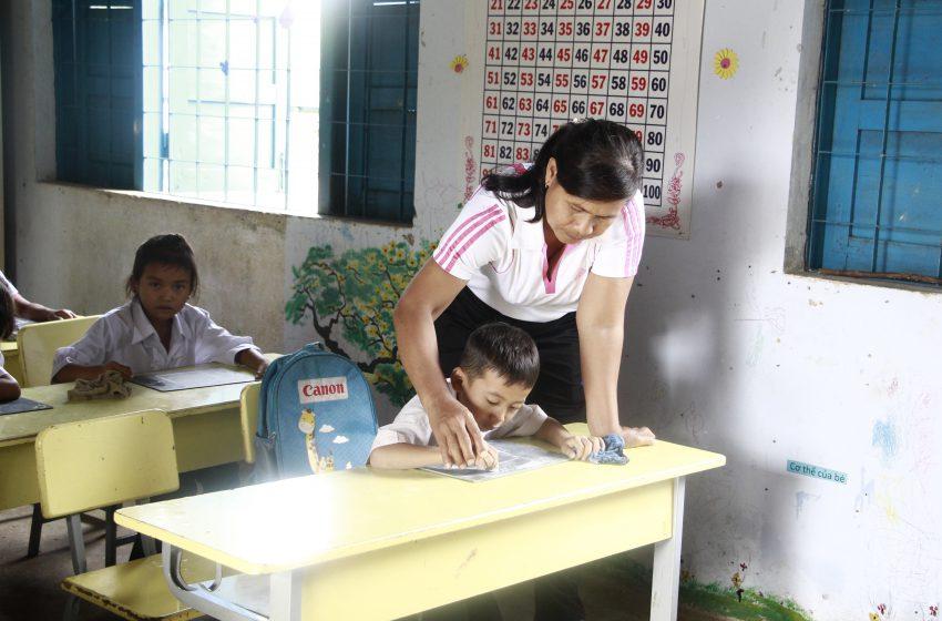 Đắk Lắk: Sẽ xét tuyển đặc cách giáo viên hợp đồng qua 2 vòng