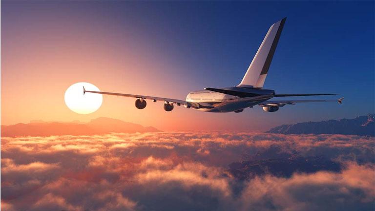 Lý do bất ngờ khiến máy bay tỏa hơi sương mỗi khi cất, hạ cánh?