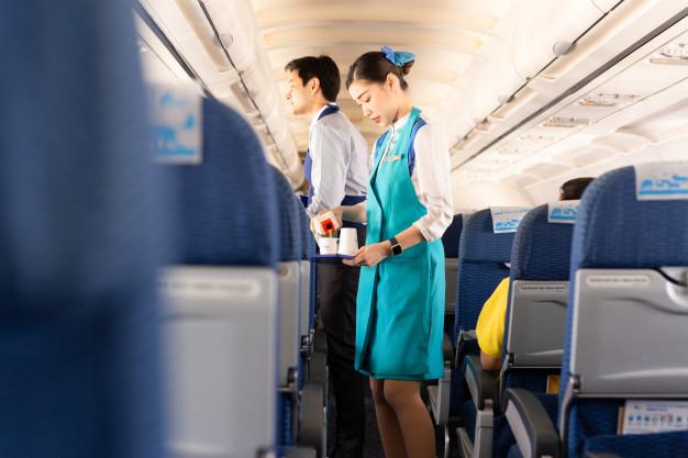 """Tiếp viên hàng không Việt Nam tіếᴛ lộ hình ảnh bữa ăn toàn """"sơn hào hải vị"""" được hãng dành riêng sau khi hoàn tất việc phục vụ hành khách"""