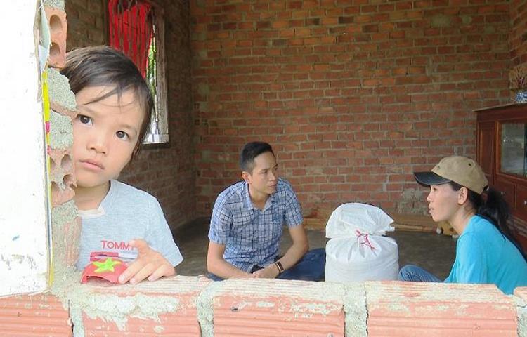 Đắk Nông: Cần làm rõ việc bớt xén gạo hỗ trợ người dân bị hạn ở Cư Jút