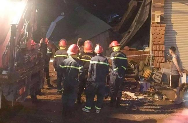 Cơ quan chức năng tìm nguyên nhân sự cố sập nhà tại TP. Buôn Ma Thuột sau cơn mưa lớn
