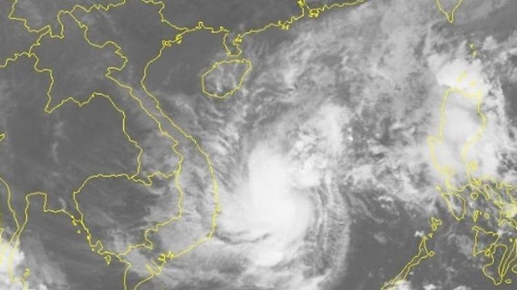 Bão Vamco giật cấp 15 chính thức vào Biển Đông, hướng thẳng về phía Hà Tĩnh – Quảng Nam
