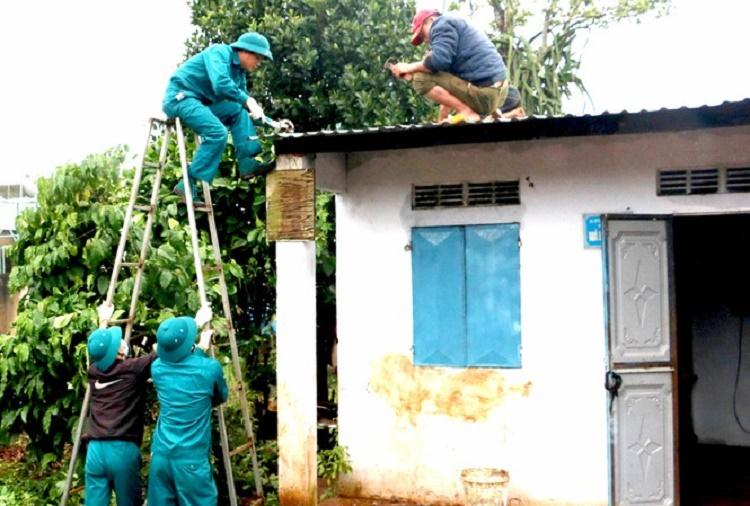 Gia Lai: Nhiều trường hợp bị tường bất ngờ đổ sập đè chết