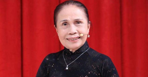 Nghệ sĩ Ánh Hoa