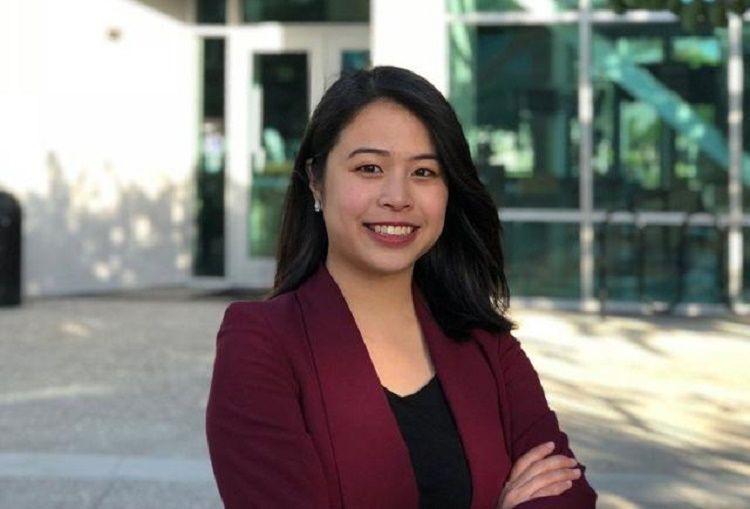 """Học vấn """"không phải dạng vừa"""" của cô gái gốc Việt 25 tuổi được bầu làm thị trưởng ở Mỹ"""