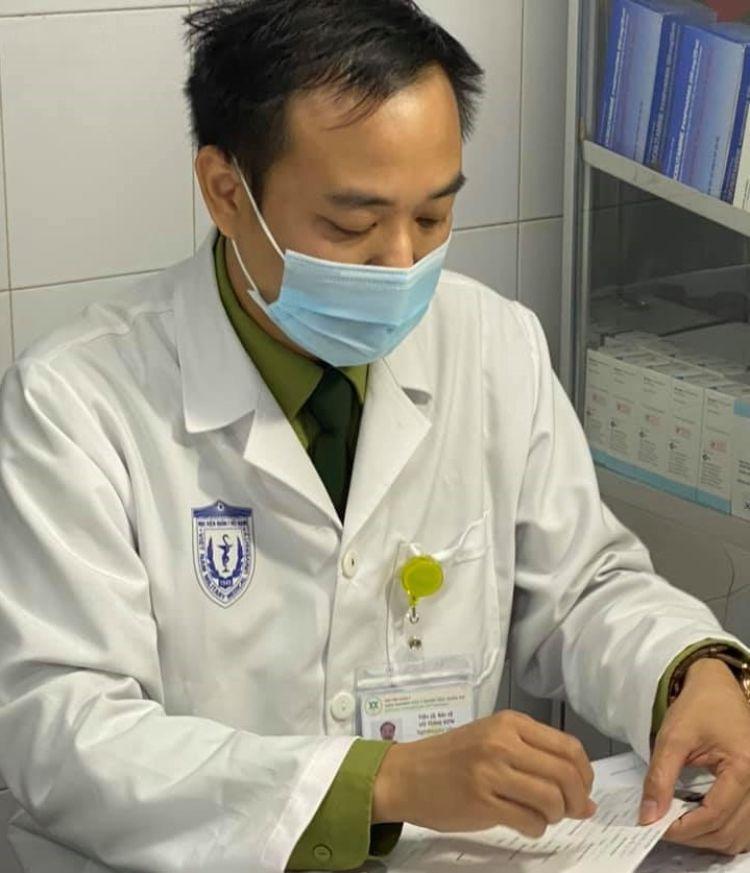 thông tin người tiêm vắc-xin COVID-19