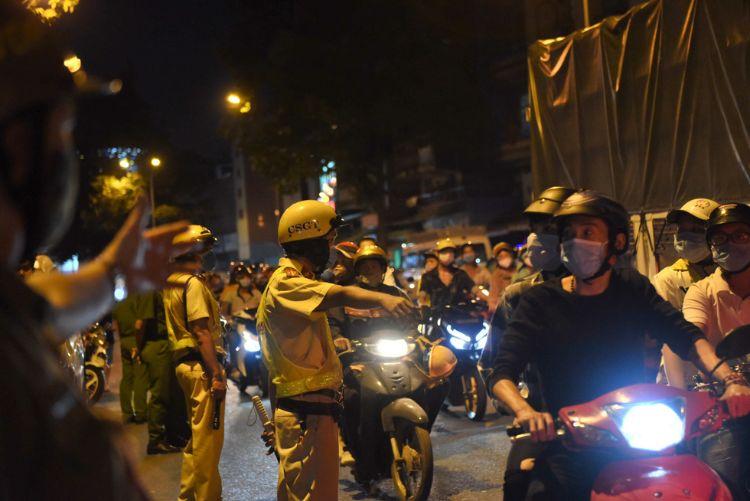 cảnh sát giữ trật tự