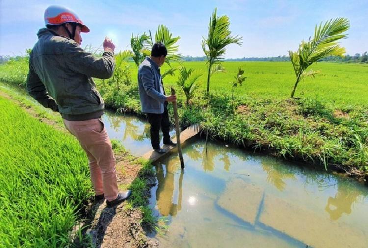 kênh thủy lợi bị bỏ hoang
