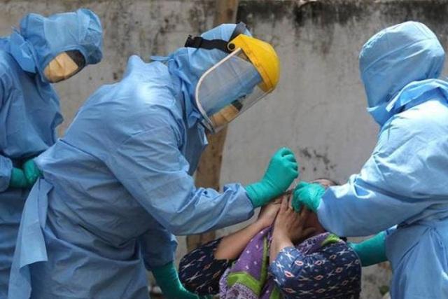 Ca Covid-19 ở Ấn Độ giảm đột ngột 90% không rõ nguyên nhân