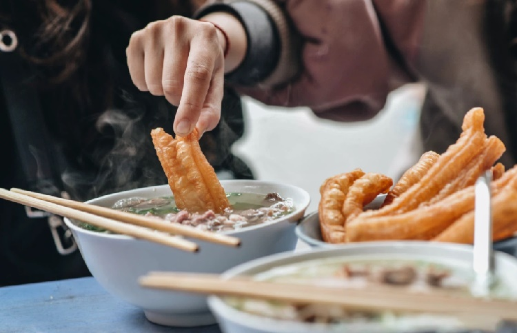 """Đây là 5 kiểu ăn sáng """"cấm kỵ"""" vì sẽ khiến bản thân lão hóa sớm và ung thư, điều số 4 người Việt mắc rất nhiều"""