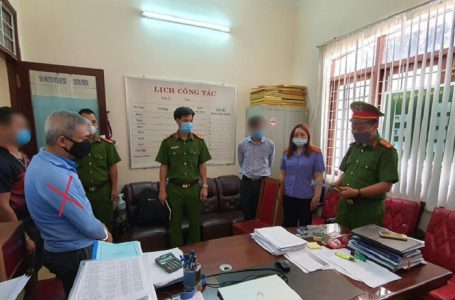 Công an bắt tạm giam cán bộ (dấu X) Sở Y tế Đắk Lắk