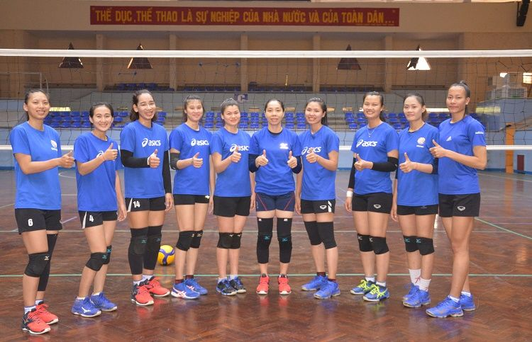 Đội tuyển bóng chuyền nữ Đắk Lắk xuất quân lên đường dự giải quốc gia