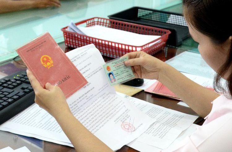 Từ 1-7: Thu hồi sổ hộ khẩu khi công dân thay đổi thông tin