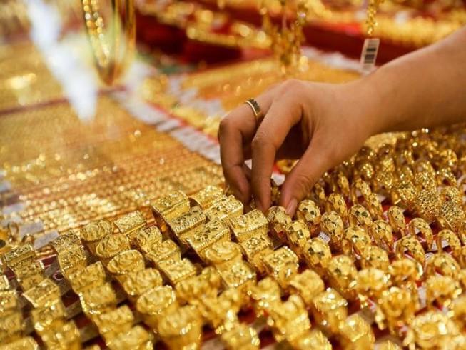 Giá vàng ngày 31/3/2021: Rơi thẳng đứng, giảm thấp nhất 6 tháng qua