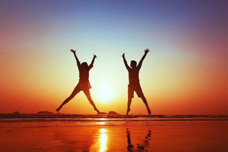 Không có thứ gọi là hạnh phúc từ trên trời rơi xuống