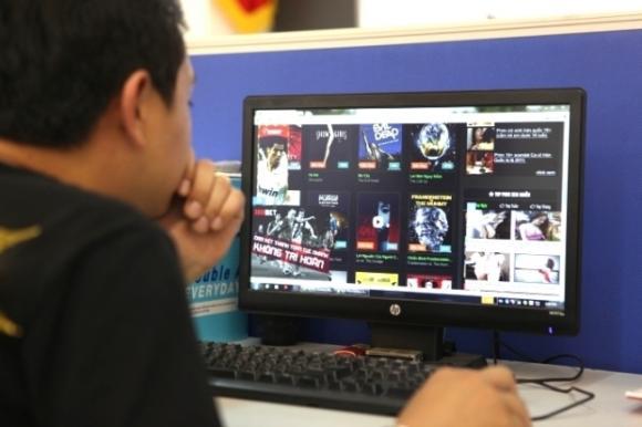 Rủi ro dính mã độc, nguy hiểm với trẻ em khi xem phim lậu, vào web lậu