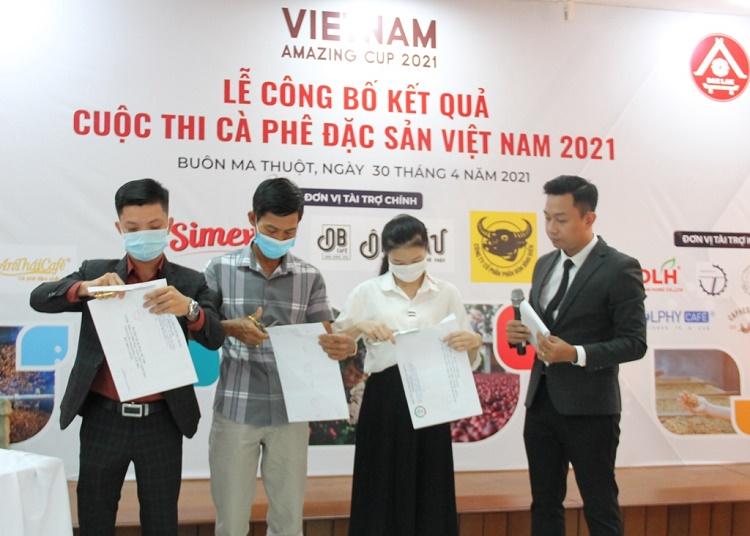 47 mẫu cà phê đạt tiêu chuẩn cà phê đặc sản Việt Nam năm 2021