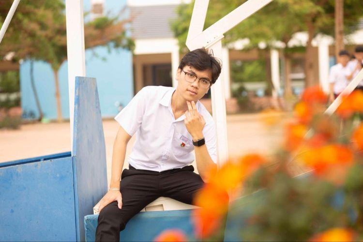 """Lần đầu tiên có ở Đắk Lắk: Hotboy trường chuyên """"giành vé"""" dự thi Olympic Vật lý Châu Âu"""
