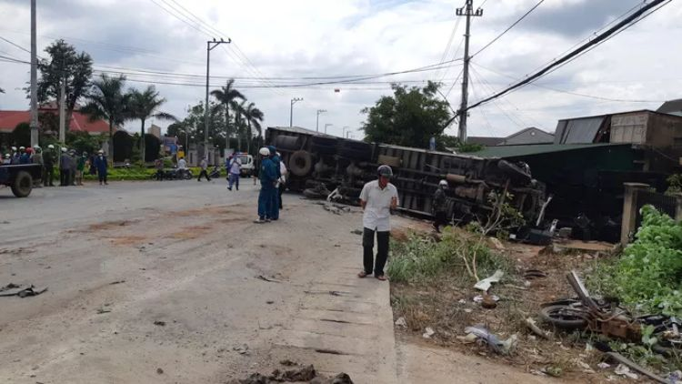 Đắk Lắk: Nhân chứng kể lại giây phút kinh hoàng vụ tai nạn thảm khốc