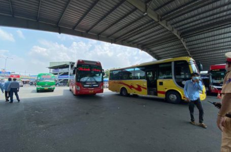 Bến xe Miền Đông tạm đóng cửa nhiều khu liên quan nữ giáo viên mắc COVID-19 ở Đắk Lắk – Ảnh:THU DUNG