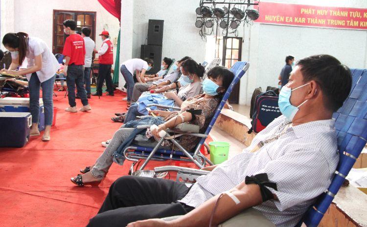 """Ngày hội hiến máu """"Giọt hồng Tây Nguyên"""" năm 2021: Sẻ chia để cùng vượt qua đại dịch"""