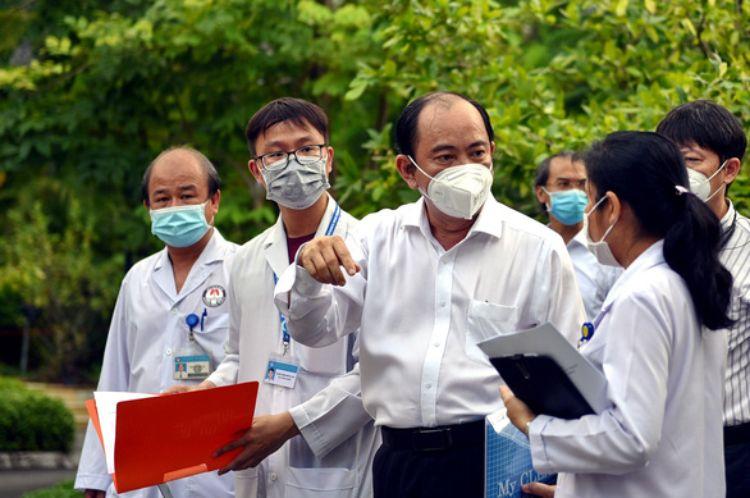 TP.HCM: 7 ổ dịch rải rác các quận huyện, sẽ còn phát hiện ca mới trong 10 ngày tới