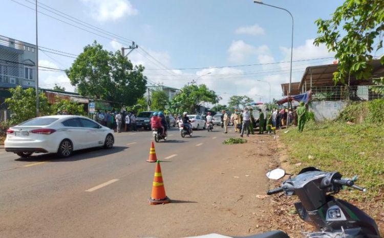 Đắk Lắk: Điều tra nguyên nhân khiến nam sinh lớp 9 tử vong bên đường