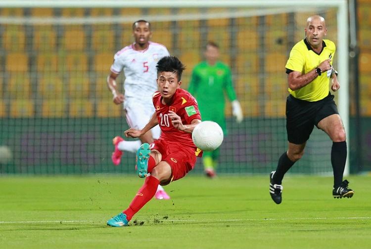 Việt Nam lọt vòng loại cuối cùng World Cup 2022, 'khốc liệt' cuộc chiến 1 chọi 3