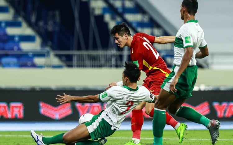 Hình ảnh khoảnh khắc quyết định trận đấu giữa Việt Nam và Indonesia