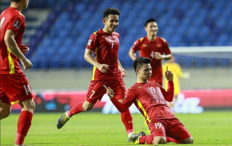bàn thắng thứ 2 của Quang Hải