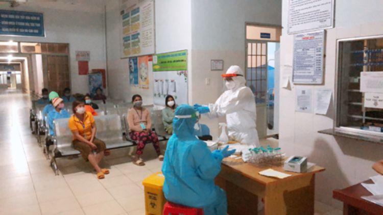 48 trường hợp F1 của ca bệnh thứ 6 tại Đắk Lắk đã có kết quả âm tính lần 1 với SARS-CoV-2