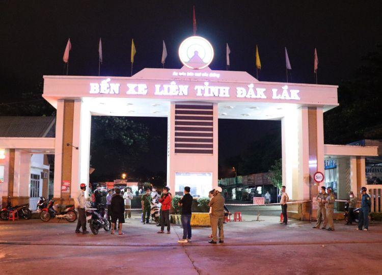 Tạm thời phong tỏa Bến xe liên tỉnh Đắk Lắk do liên quan đến ca bệnh COVID-19 tại Đắk Nông