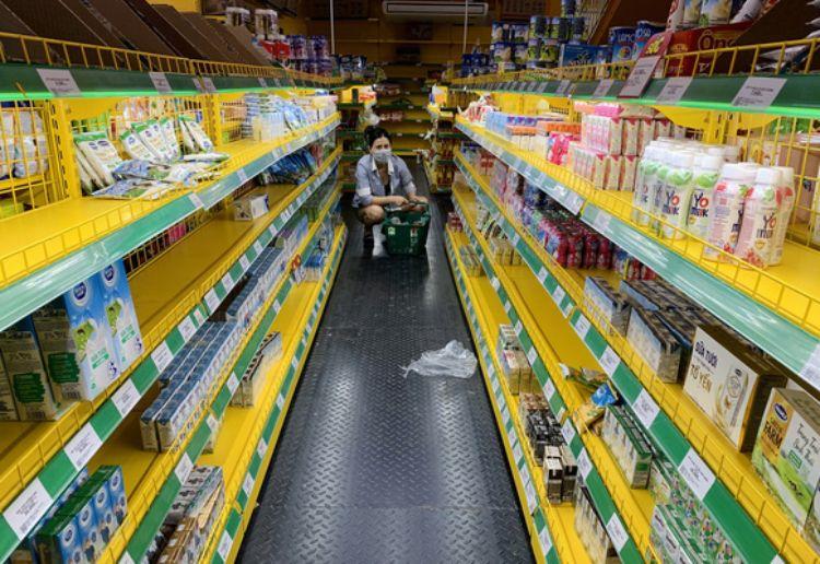 hàng khan hiếm tại siêu thị mùa covid-19