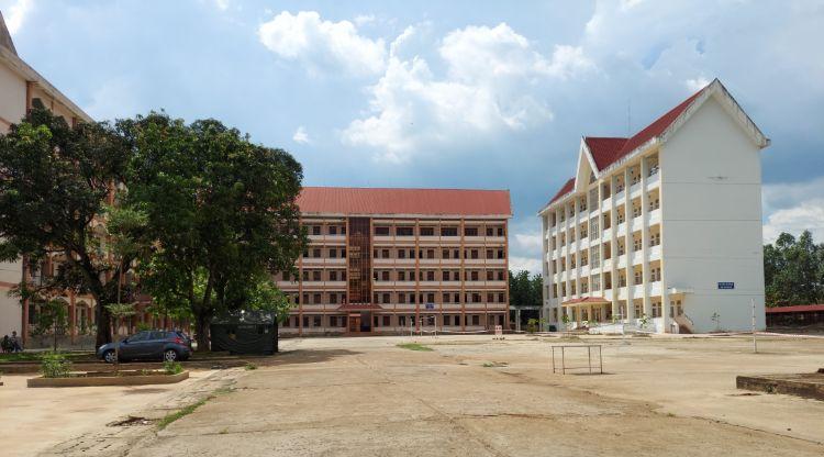 Đắk Lắk: Thống nhất trưng dụng Ký túc xá Trường Cao đẳng Sư phạm Đắk Lắk làm Bệnh viện dã chiến điều trị bệnh nhân COVID-19
