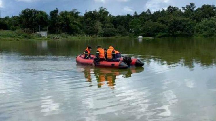 Đắk Lắk: Người phụ nữ mang bầu tháng thứ 7 tử vong dưới hồ, nghi tự tử trong đêm