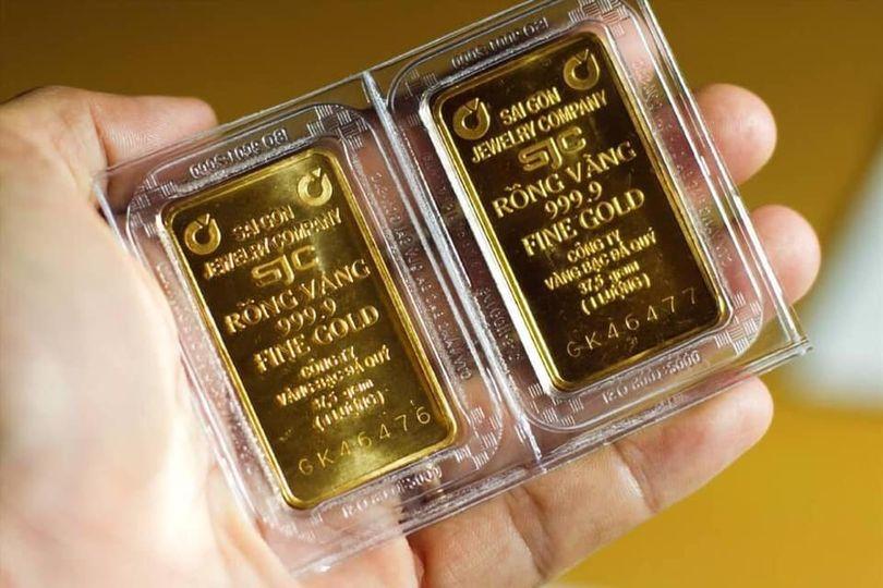 có nên quyết định đầu tư hay không đầu tư vàng?