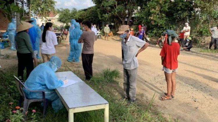 Đắk Lắk: Vụ nhiều trẻ em mắc Covid-19 trong tiệc sinh nhật; Tạm đình chỉ chủ tịch xã